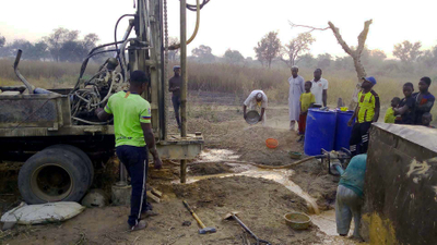 Drilling the water well
